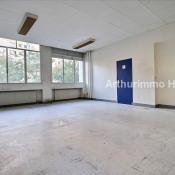 Rental empty room/storage Paris 15ème 4500€ CC - Picture 1