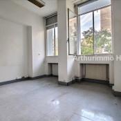Rental empty room/storage Paris 15ème 4500€ CC - Picture 2