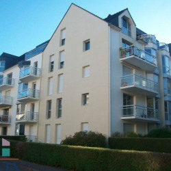 Location Local commercial Vannes (56000)