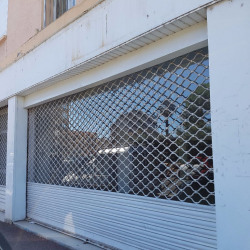 Location Local commercial Hyères 180 m²