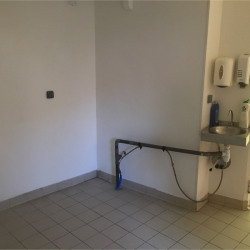 Location Local commercial Troyes 42 m²