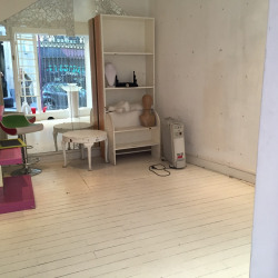 Location Local commercial Paris 18ème 15 m²