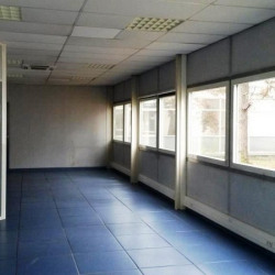 Location Local commercial Saint-Priest 400 m²