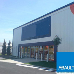 Location Local commercial Bouliac 850 m²