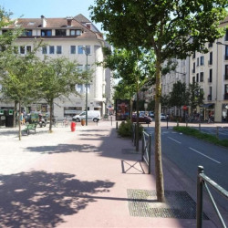 Location Local commercial Annecy 240 m²