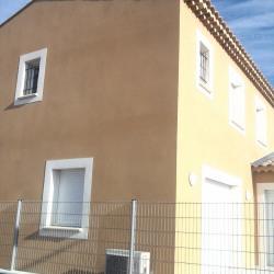 Maison  4 pièces + Terrain  200 m² Bagnols sur Ceze