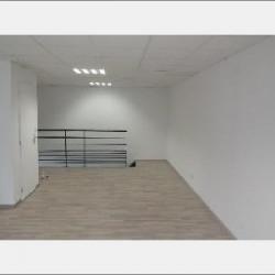 Location Local commercial Loire-sur-Rhône 275 m²