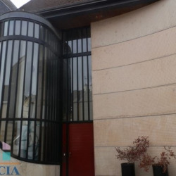 Location Local commercial Chartres 170 m²