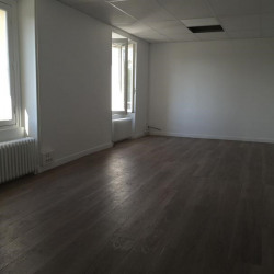 Location Bureau Le Chesnay 50 m²