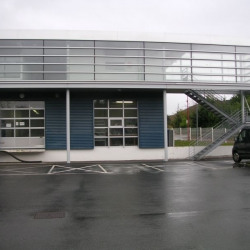 Location Local commercial Saint-Victor 120 m²