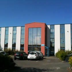 Location Bureau Vern-sur-Seiche 132 m²