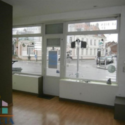 Location Local commercial Armentières 55,5 m²