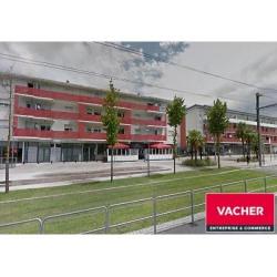 Location Local commercial Cenon 88 m²