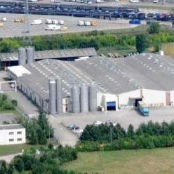 Location Local d'activités Blyes 9500 m²