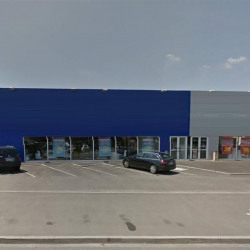 Location Local commercial Saran 1013 m²