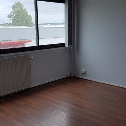 Location Bureau Blanquefort 120 m²