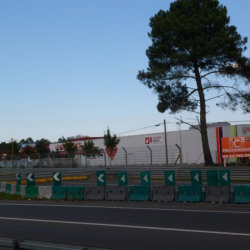 Location Local commercial Le Mans 1000 m²