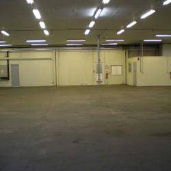 Location Entrepôt Bourges 731 m²