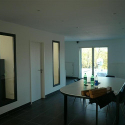 Location Bureau Craponne 432 m²