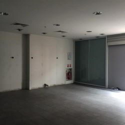 Location Local commercial Aubervilliers 88 m²