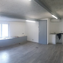 Location Entrepôt La Queue-en-Brie 60 m²