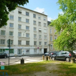Location Local commercial Pau 36,47 m²