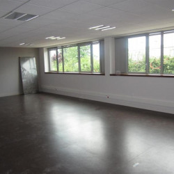 Location Bureau Caen 68 m²