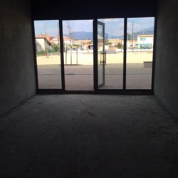 Location Bureau Carros 60 m²