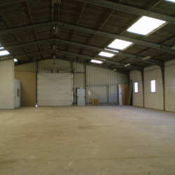 Vente Local commercial Bourges 1600 m²