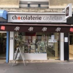 Location Local commercial Paris 16ème 63 m²