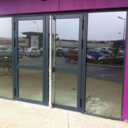 Location Local commercial Landerneau 240 m²
