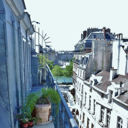 Vente Bureau Paris 1er 40 m²