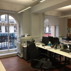 Location Bureau Paris 1er 154 m²
