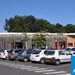 Location Local commercial Bayonne 300 m²