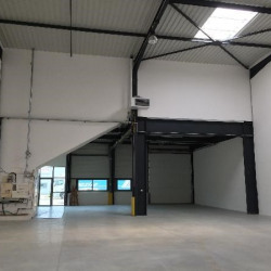 Location Local d'activités Tigery 401 m²