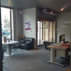 Location Local commercial Poissy 479,5 m²