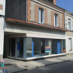 Location Local commercial Château-Renault 0 m²