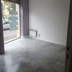 Location Local commercial Nice 55 m²