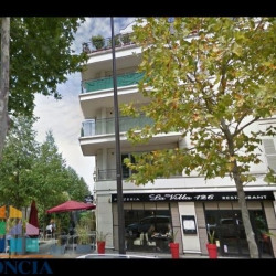 Vente Local commercial Rueil-Malmaison 0 m²