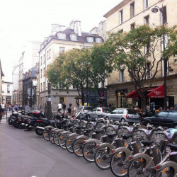Location Local commercial Paris 3ème 30 m²