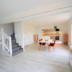 Maison de 140m² avec une splendide terrasse en bois de 150m²