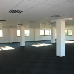 Location Bureau Aix-en-Provence 1985 m²