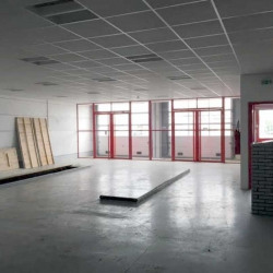 Location Local d'activités Osny 605 m²