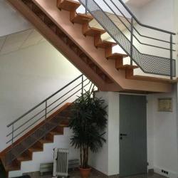 Location Local d'activités Villejust 698 m²
