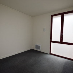 Location Bureau Nantes 66 m²