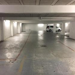Parking dans garage fermé