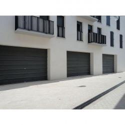Vente Local commercial Solliès-Pont 220 m²
