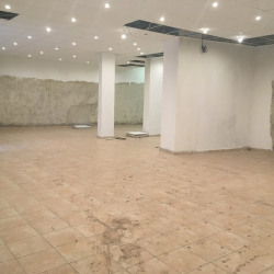 Location Bureau Antibes 162 m²