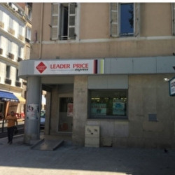 Location Local commercial Marseille 7ème 135 m²