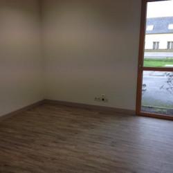 Location Bureau Le Rheu 80 m²